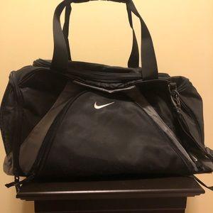 Nike black & gray duffel bag / travel / gym bag